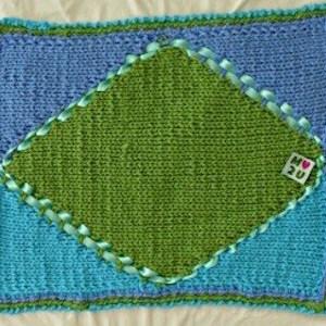 Hand-Knit-Blanket-Rombo-Verde-Large