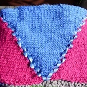 Hand-Knit-Blanket-Triangolo-Large1