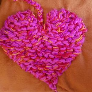 cuore d'arancia hand-knit