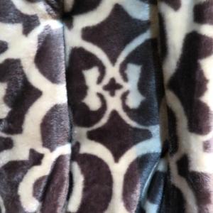 fleece vancouver pattern grey-brown